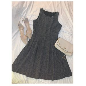 Beautiful NWT Banana Republic Dress! 🖤